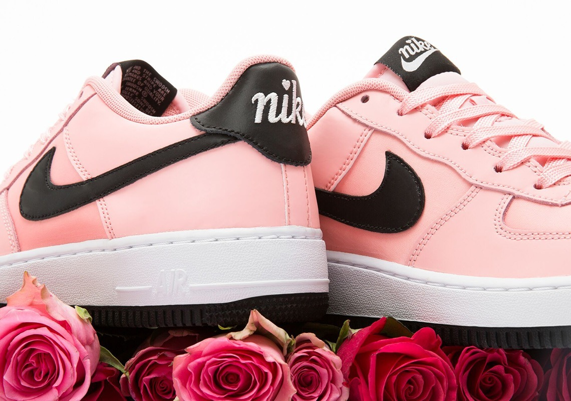 Zapatillas de Niña Nike BQ6980 600 Air Force 1 Vday Rosa