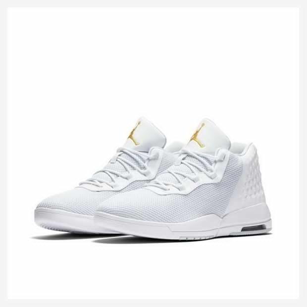 3a2610164 Tenis Nike Air Jordan Academy - R  345