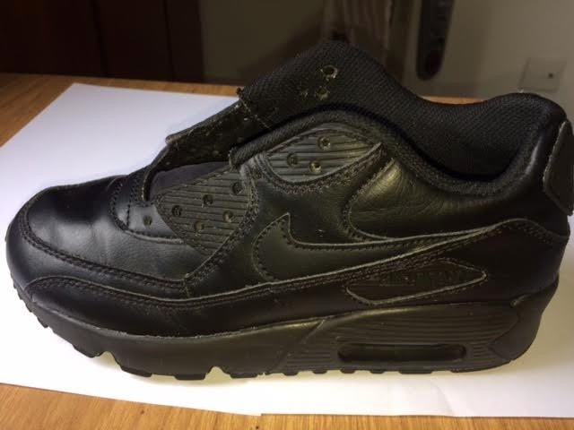 Tenis Nike Air Max 90 Leather Infantil Preto - R  165 84492998cca89