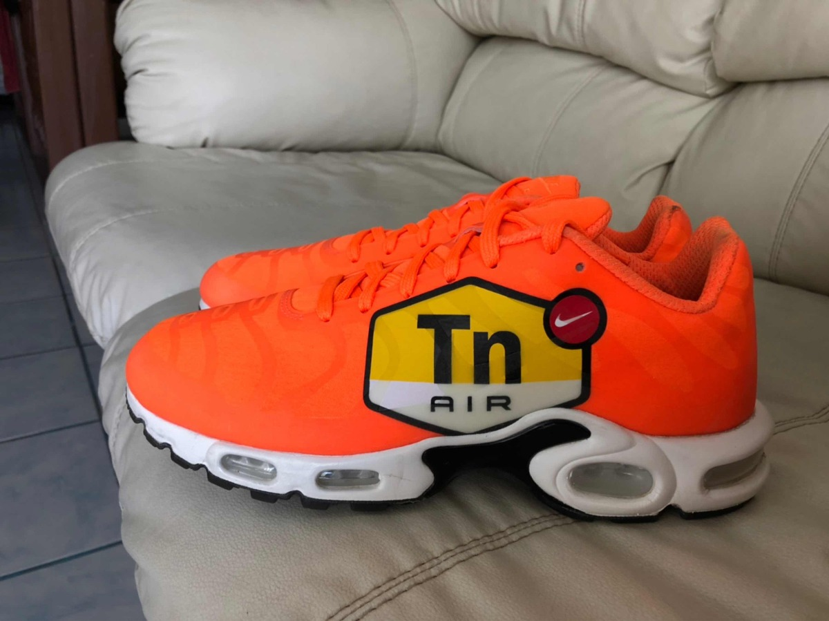 size 40 b2cd3 c76ed Tenis Nike Air Vapormax Plus Tn Big Logo Orange Del 27.5mx - $ 2,300.00