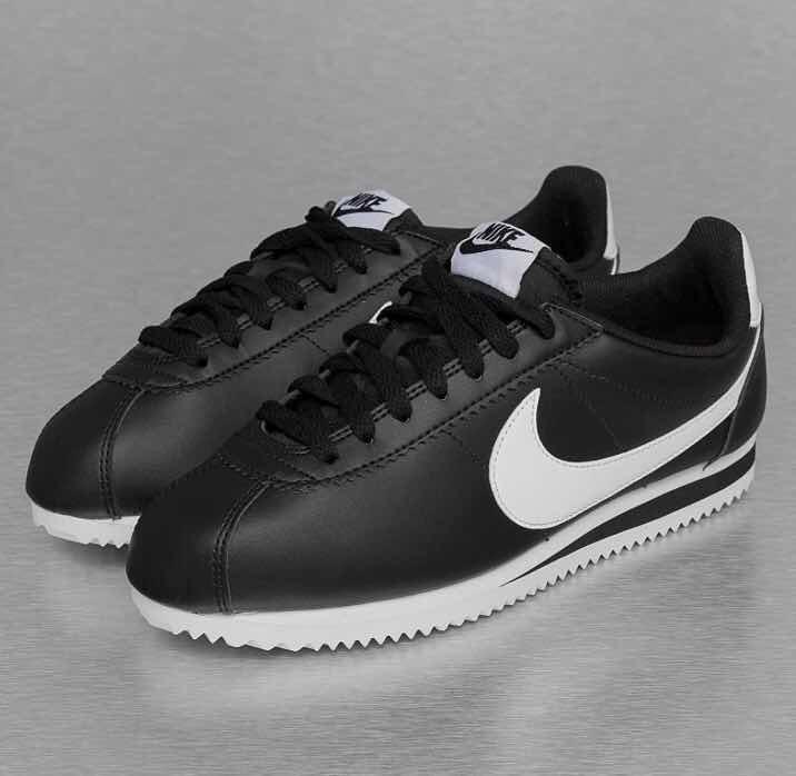 Tenis Nike Cortez Clasico Negro.  2.5 Al  6 Mx C  Su Caja ... 1c9e57bc990e8