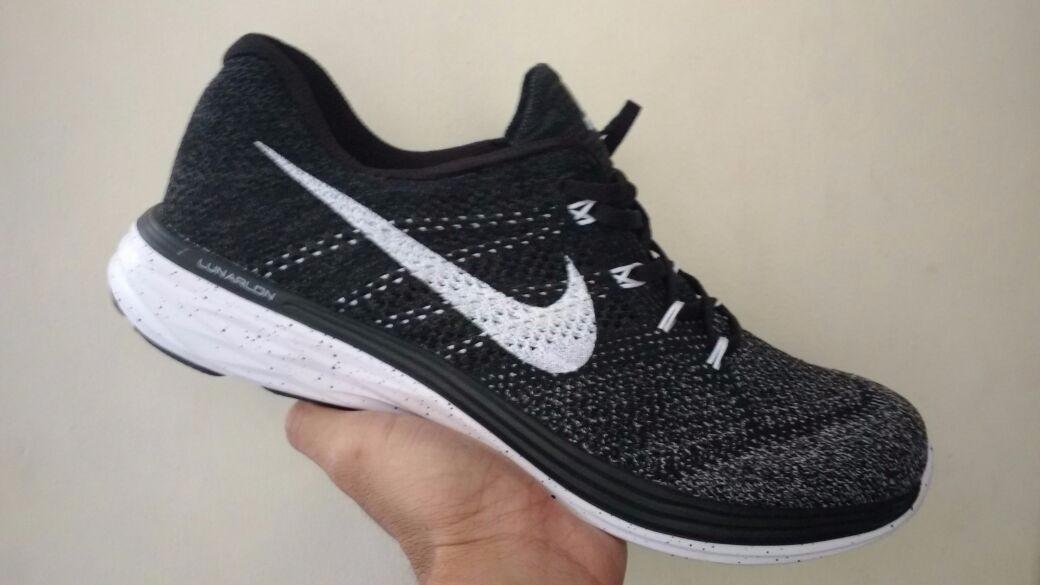 Tenis Tennis Nike Lunarlon Hombre -   158.900 en Mercado Libre 6c6a350a43f