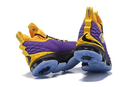 55c28bc79b5 Tenis Nike Lebron 15 Lakers Original Leia O Anúncio - R  499