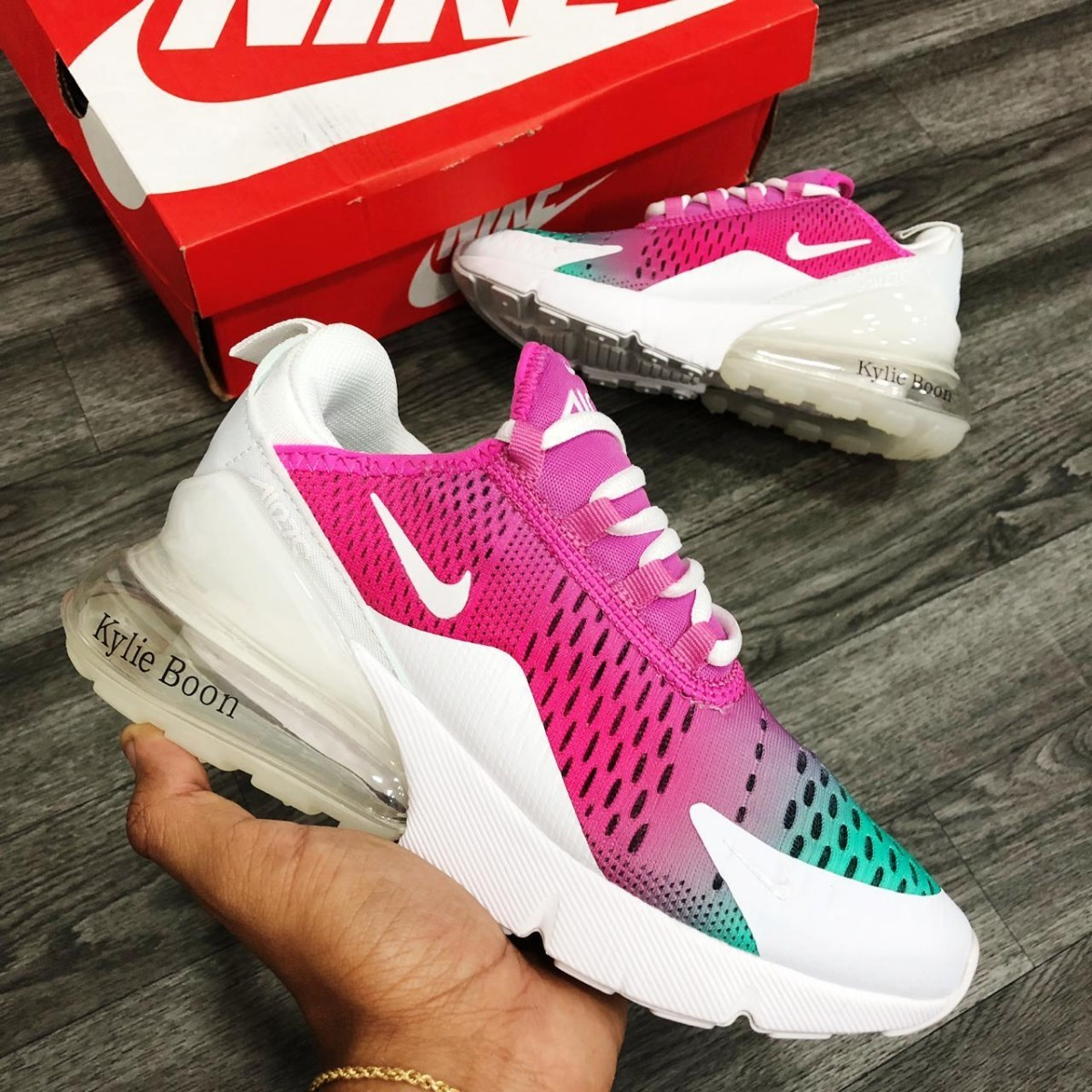 quality design a64f8 b1352 Zapatillas Tenis Nike Air Max 270 Kylie Boon Mujer Original