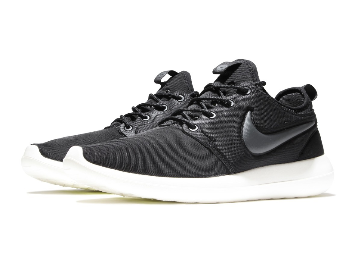 low priced 40c14 b7439 Tenis Nike Roshe Two Negros Gym Crossfit Casuales Moda -  1,