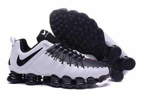 69e0c334ec4f5 Nike 12 Molas Masculino Shox - Tênis com o Melhores Preços no Mercado Livre  Brasil