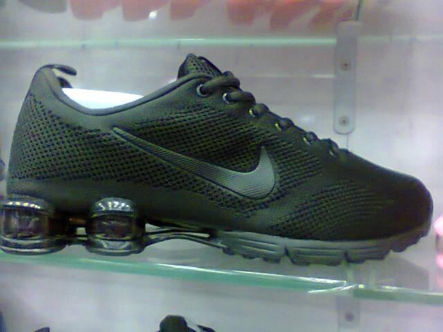 a421b7a044e Tenis Nike Shox Zoom Todo Preto Nº38 Ao 43 Original - R  450