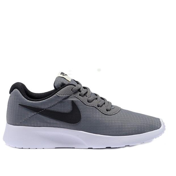 9ecf579fb3a2e Tenis Nike Tanjun Gris Hombre Originales -   288.000 en Mercado Libre