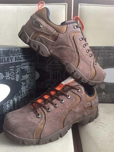 c65f12046789a Tenis Oakley Flak Low 1 Marrom E Laranja Nº38 Ao 43 Original - R ...