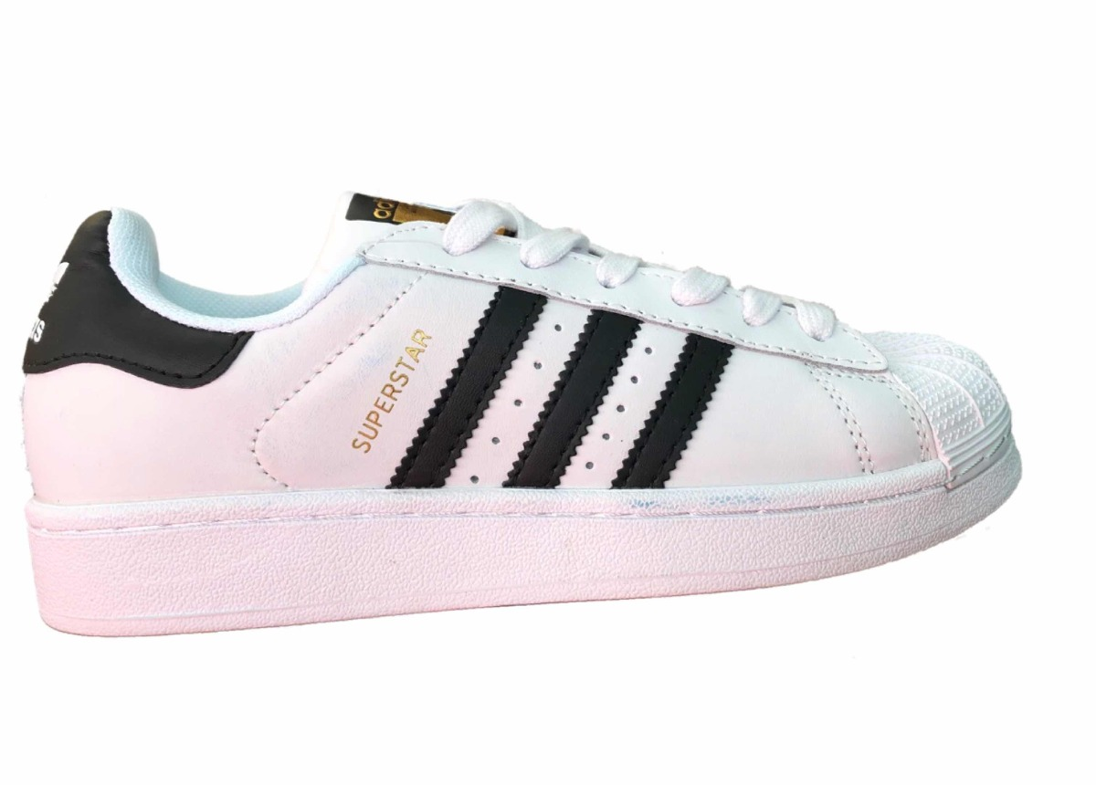 low priced c8f27 a1ac7 tenis outlet adidas superstar concha blanco negro. Cargando zoom.