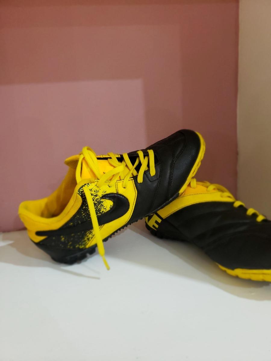 ec0a10d340174 tenis para futbol marca nike amarillo - como nuevos- oferta! Cargando zoom.
