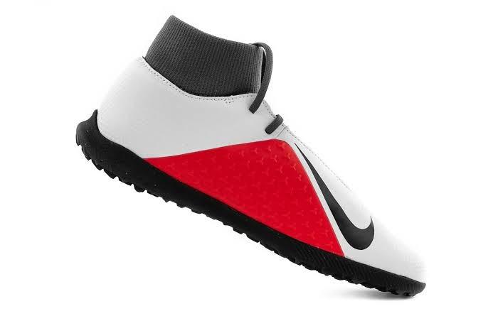 Tenis Para Futbol Rápido Tobillera Nike Phantom Vsn Club ... 6af521c54f909