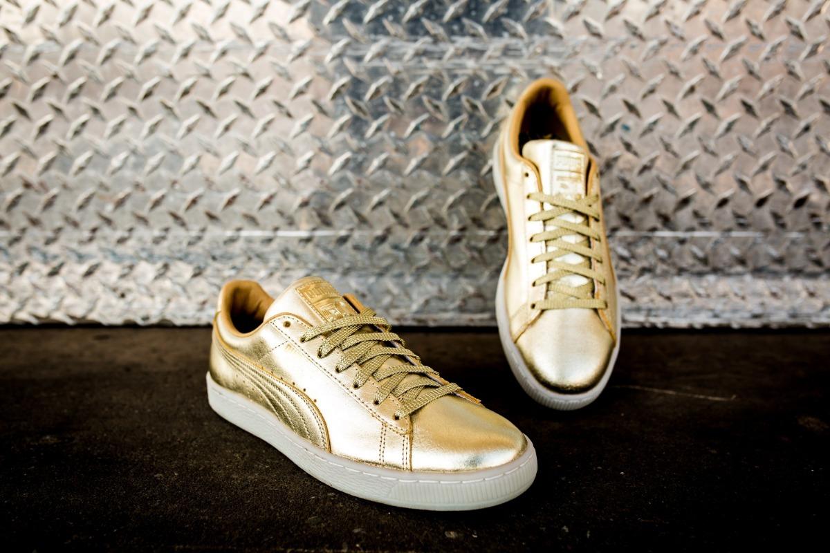 7bb75631d23 tenis puma golden suede sneakers gold 366341-01. Cargando zoom.