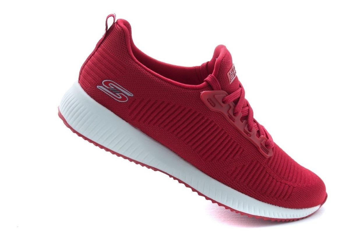 red skechers