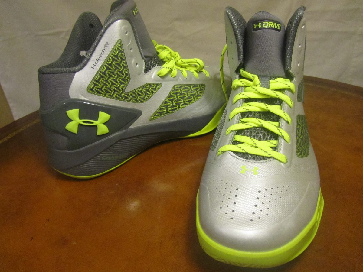 629178f8bfb tenis under armour clutchfit drive 2 basketball talla 8 mx. Cargando zoom.