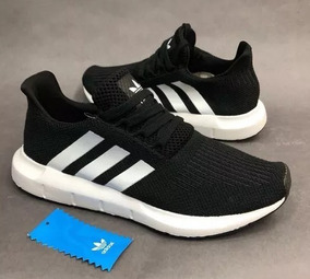 Tenis Zapatillas adidas Swift Run Negro Blanco Mujer 2018