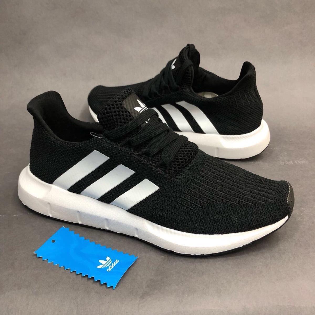 5609ab0d83a3b tenis zapatillas adidas swift run negro gris hombre env gr. Cargando zoom.