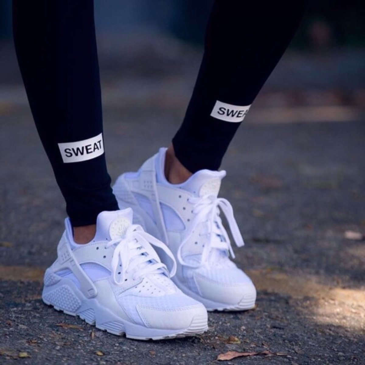 zapatillas nike huarache blancas