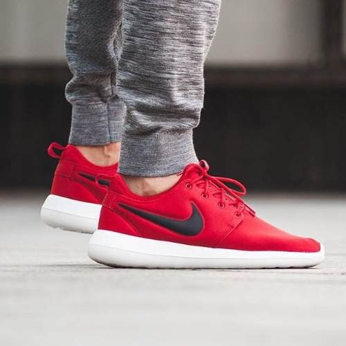 best service a3663 950ce Tenis Zapatillas Nike Roshe Two Rojas Mujer Envió Gratis - $ 134.900 ...