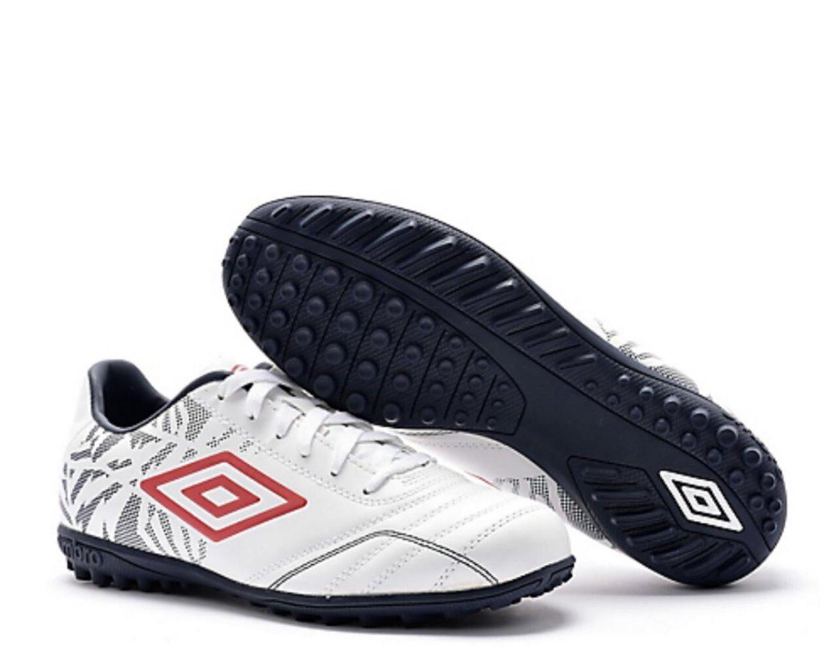 e02150efb113a tenis zapatillas umbro para futbol cancha sintetica nuevas. Cargando zoom.