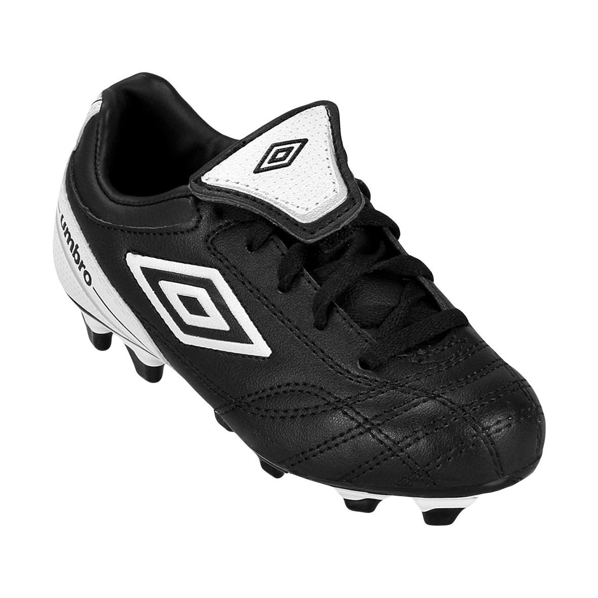 bc28b6ee4bf72 Tenis Zapatos De Futbol Umbro -   450.00 en Mercado Libre