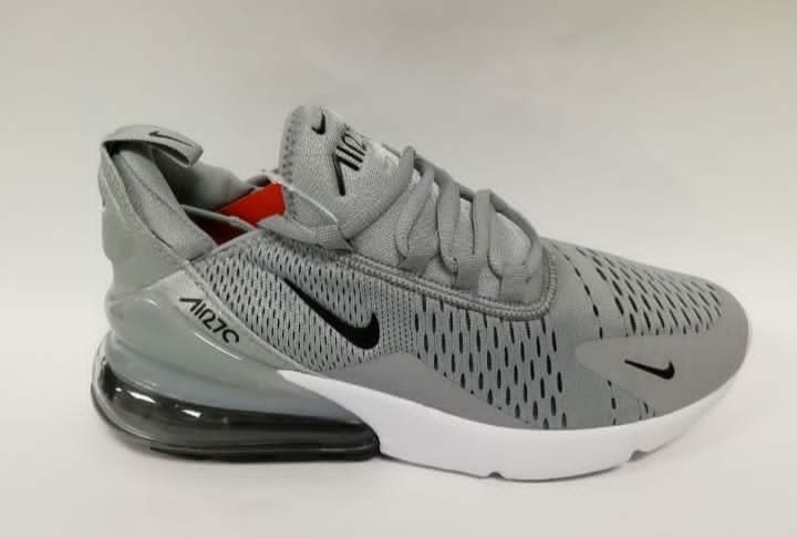 df7852a056eaf Tennis Nike Air 27c -   220.000 en Mercado Libre