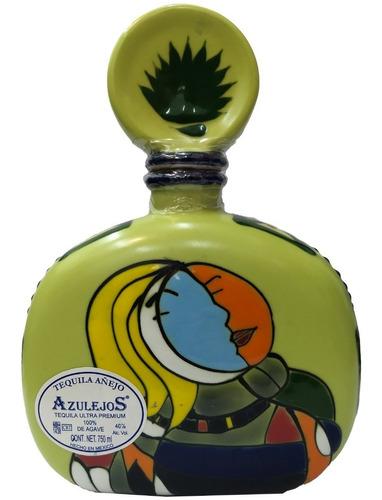 tequila los azulejos añejo 100% agave botella ceramica verde