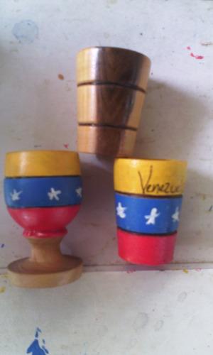 tequileros en tricolor y natural, artesanía