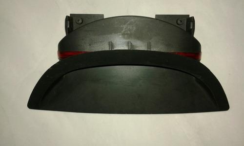 terceira luz de freio omega 2005