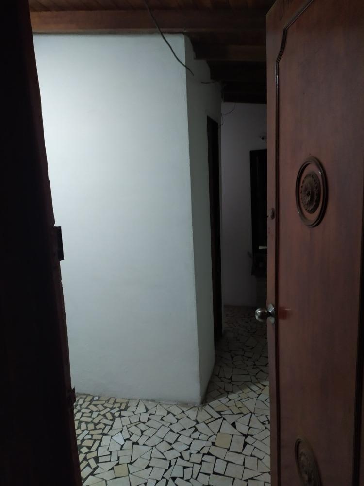 tercer piso con dos apartamentos divididos