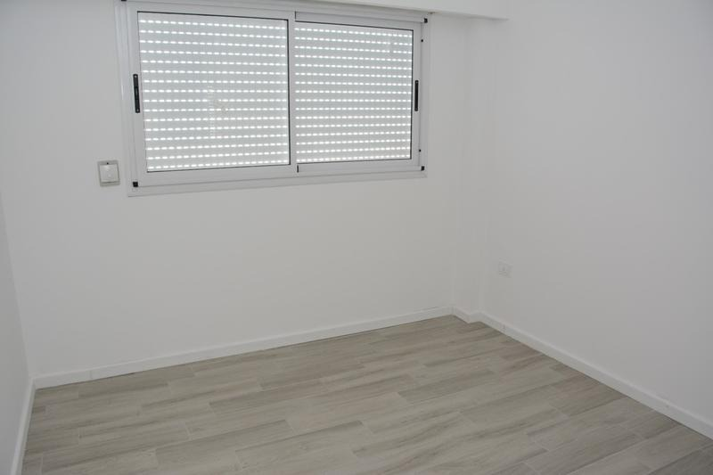 terminaciones de categoría. caldera. puerta blindada. portero visor. etc.