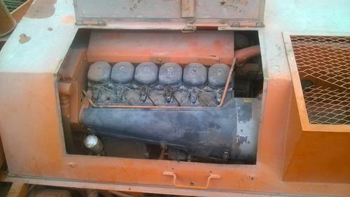 terminadora de asfalto marini año 1990  vendo alquilo mcj