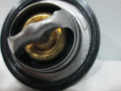 termostato cavalier /  sunfire 2.2lts (19104360)