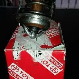 termostato toyota corolla año 91 al 2.002 1.6 y 1.8 original