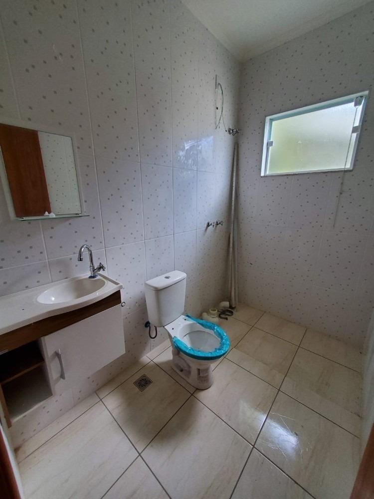 terra nova/itatiba - vendo 3 quartos (1 suíte) + banheiro