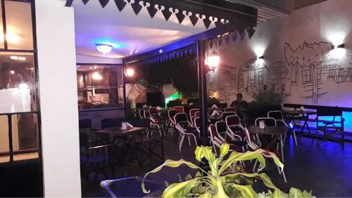 terraza con parrilla y salón de fiesta 6500$ de lunes a j