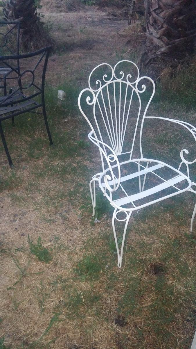 Terraza fierro forjado mesa 2 sitiales 2 sillas juego for Muebles de terraza fierro