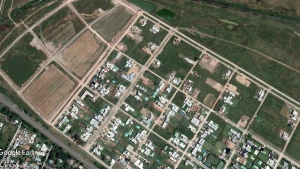 terreno 10 x 32 barrio quimilar  - city bell
