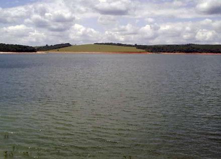 terreno 1.000 m² próximo da represa - cód.t032