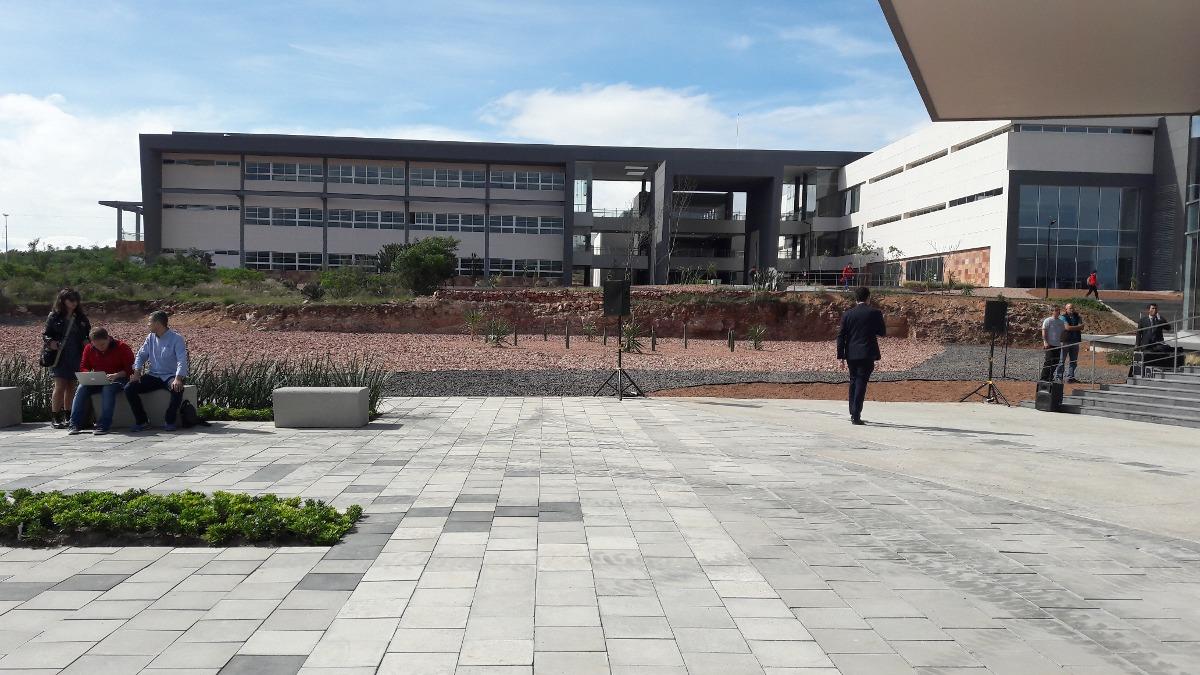 terreno 1932 m2 listo para escritura frente univ de arkansas