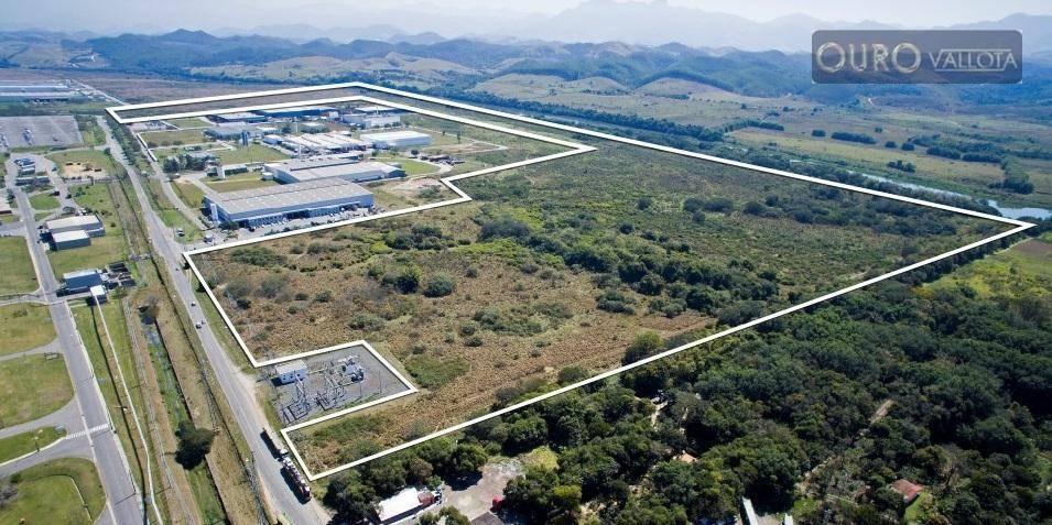 terreno 428.271 m² com topografia plana, 323 metros de frente e acesso através da rodovia dutra (km 269) - ar0007