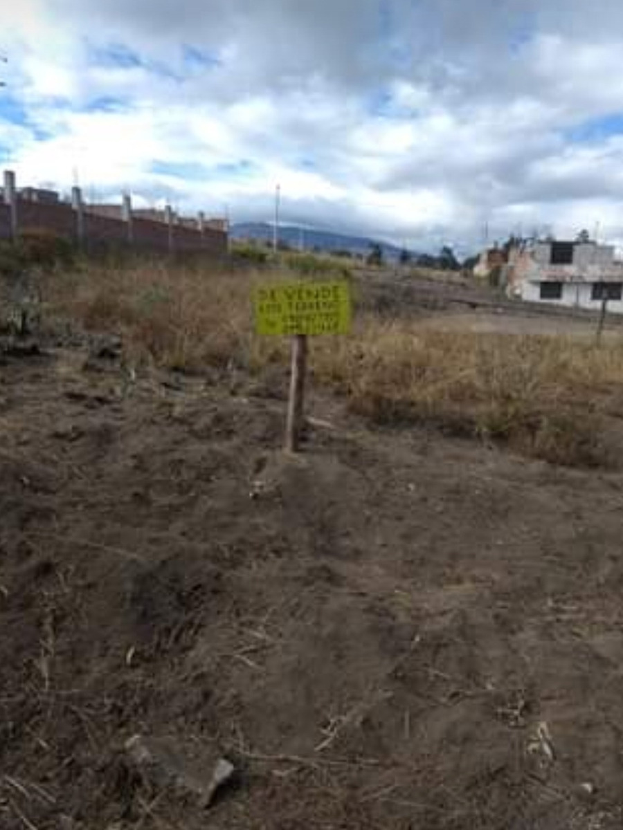 terreno 432 m² riobamba