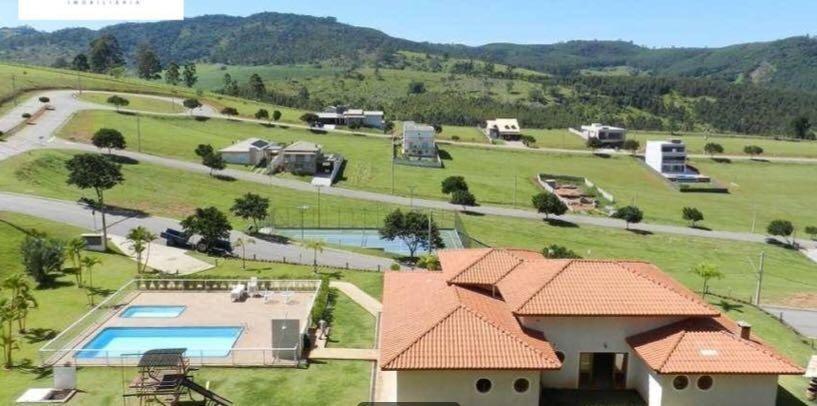terreno 600m² condomínio próximo ao shopping , bragança paulista. - te0159