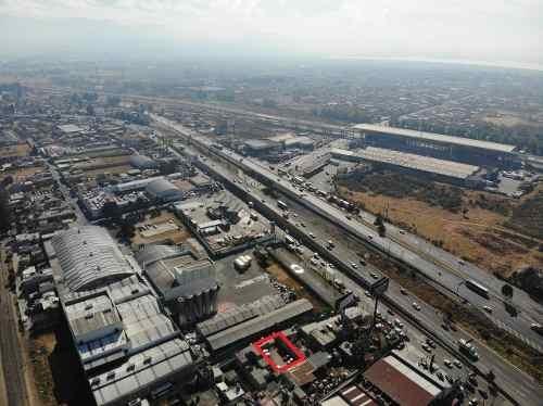 terreno a 20 metros de avenida tollocan