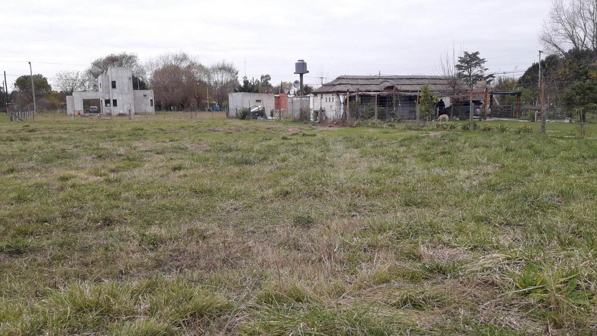 terreno a la venta en gowland- mercedes buenos aires 1000m2