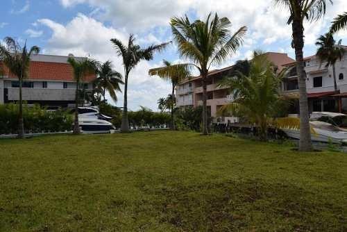 terreno a la venta isla dorada cancun frente a canal