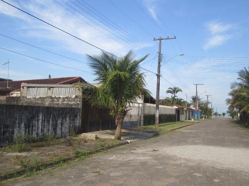 terreno a poucos metros da praia a venda em itanhaém.