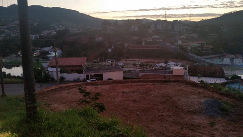 terreno a venda no bairro indio de ouro - lindoia/sp