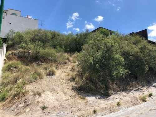 terreno ascendente sierra alta zona carretera nacional monterrey