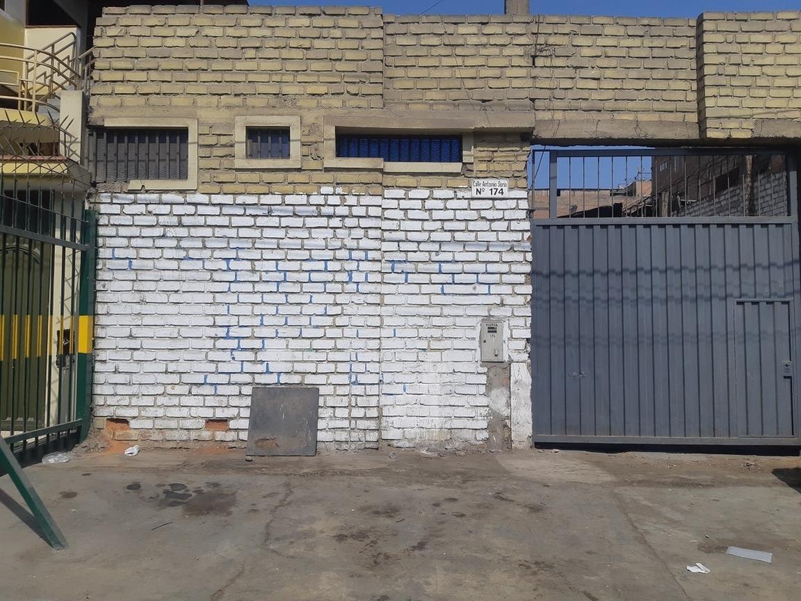 terreno ate vitarte 263 m2 /zona industrial-comerci